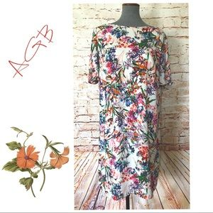 ABG: NWOT Look elegant, sheath floral dress